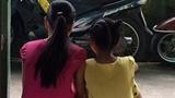 Hoa khôi áo dài bị hại đời: Côn đồ bắt rút đơn