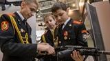 Nga khoe hàng loạt Robot quân sự