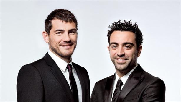 Kinh doanh thất bát, Xavi cậy nhờ Casillas