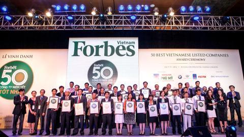 Vinamilk được Tạp chí Forbes Việt Nam vinh danh