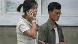 Điện thoại di động - quà đính hôn mốt nhất ở Triều Tiên