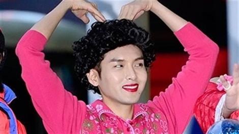 Cực sốc với những màn giả gái của mỹ nam Hàn