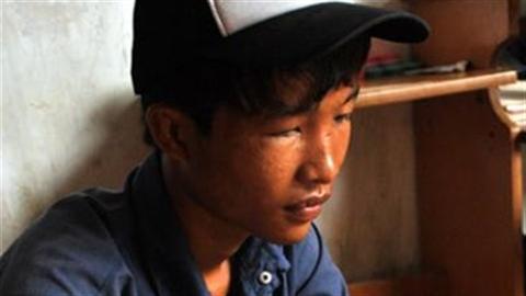 Hào Anh nhận lỗi xong đòi bán đất tiêu xài