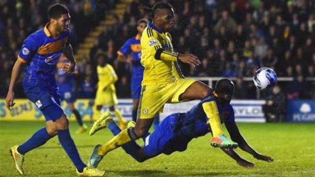"""Chelsea - Vào tứ kết League trên lưng """"Voi rừng"""""""