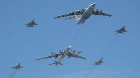 Hàng chục máy bay Nga gây náo loạn không quân NATO