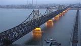 Trung-Triều hoãn khai trương vô thời hạn cây cầu biên giới?