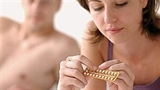 Bác sĩ sản: Xin đừng tin cách tránh thai thiên nhiên