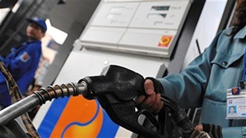 Petrolimex lãi lớn, sếp sòng mua xăng vẫn bị ăn bớt
