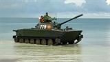 Quân đội Việt Nam tự sửa các loại xe thiết giáp