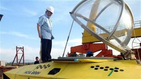 Bộ trưởng khen tàu lặn:Tàu Trường Sa có cơ hội ra biển?