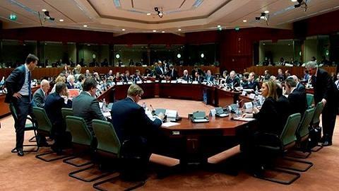 Nghị quyết trừng phạt Nga: Châu Âu bất lực vì...