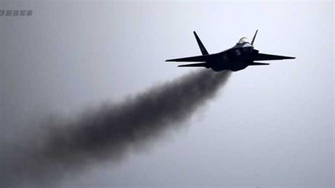 Chuyên gia thừa nhận J-31 TQ sẽ áp đảo Mỹ trên TBD