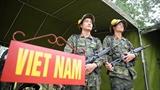 Đội Việt Nam thị uy tại Giải AARM-24 bằng súng trường Bỉ