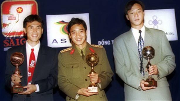 """Đội hình """"vàng"""" của bóng đá Việt Nam qua các kỳ AFF Cup"""