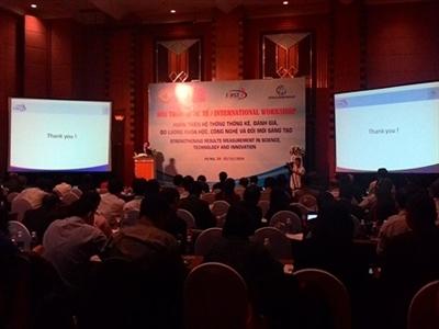Việt Nam cần nâng cao năng suất lao động sáng tạo để thúc đẩy phát triển kinh tế
