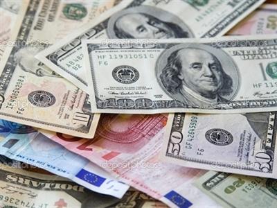 Vốn đầu tư vào quỹ ETF tăng mạnh nhờ đà tăng của USD