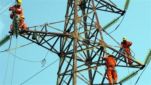 EVN mua điện giá cao của Trung Quốc: Đừng trách EVN!