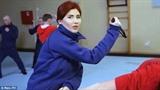 Nữ điệp viên Nga xinh đẹp múa dao, bắn súng là ai?