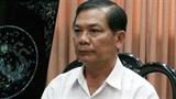 Ông Trần Văn Truyền lặng lẽ nhận kết luận kiểm điểm