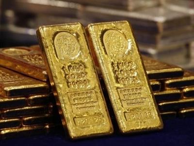 Giá vàng vượt 1.200 USD/ounce khi USD rơi khỏi đỉnh 5 năm