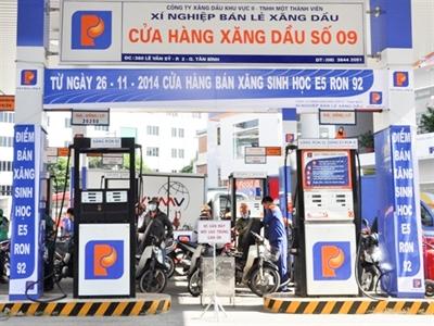 Petrolimex Sài Gòn phân phối xăng E5 RON từ hôm nay
