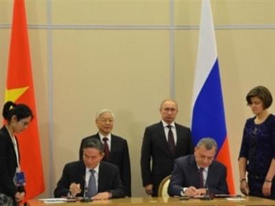 Việt Nam - Liên bang Nga ký kết 9 văn kiện hợp tác quan trọng