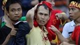 Tuyển Việt Nam - Malaysia: CĐV đổ máu vì tin bóng đá đẹp?