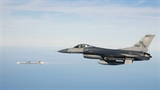 'Cuộc chiến' không đối không trên biển Hoa Đông