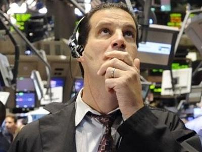 S&P 500 tăng mạnh nhất hơn 1 năm