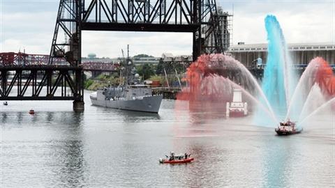 Sức mạnh chiến hạm Mỹ khiến Trung Quốc nổi giận