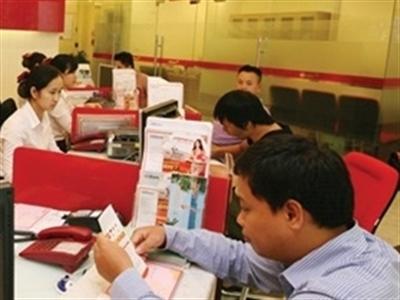 Các yếu tố tạo lợi thế cạnh tranh trong dịch vụ ngân hàng bán lẻ