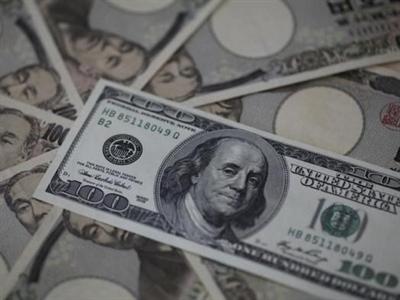 USD lập đỉnh so với yên và euro