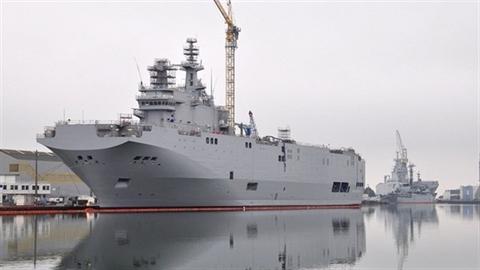 Nếu không bàn giao, Nga có thể biến Mistral thành sắt vụn