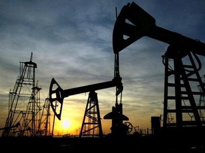 Arab Saudi khẳng định không giảm sản lượng, tin tưởng giá dầu sẽ hồi phục
