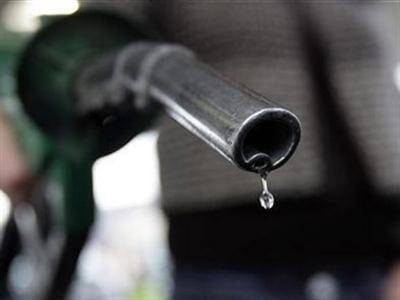 Giá dầu có thể xuống 20 USD/thùng, vì sao?
