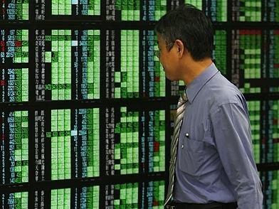 Chứng khoán châu Á có ba phiên tăng mạnh nhất 1 năm