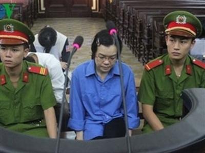 """Nhiều bị cáo cho Huyền Như vay hàng trăm tỷ bằng """"niềm tin"""""""