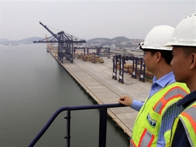 """Cảng container quốc tế Cái Lân mỗi tháng lỗ 1 triệu USD: Nhà đầu tư ngoại """"thôn tính"""" nhà đầu tư nội?"""