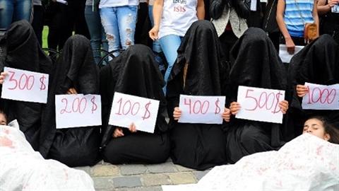 Nô lệ tình dục của IS bị phân chia như tài sản