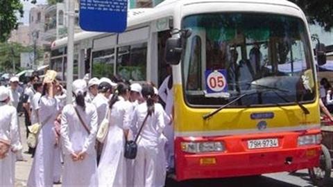 Xe buýt riêng cho phụ nữ, xin vái các vị cả nón!