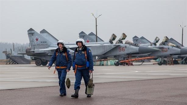 Nga dần hoàn thiện khả năng công - thủ tại Bắc Cực