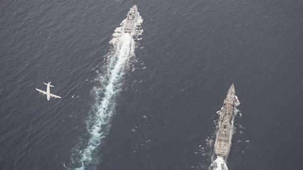 Mỹ bất ngờ diễn tập với Trung Quốc trên Biển Đông