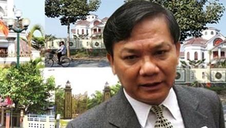 Ông Trần Văn Truyền nhận quyết định kỷ luật