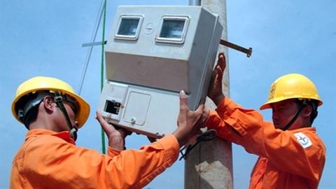 Cộng thuế tài nguyên vào giá điện: Phải công bằng với EVN?