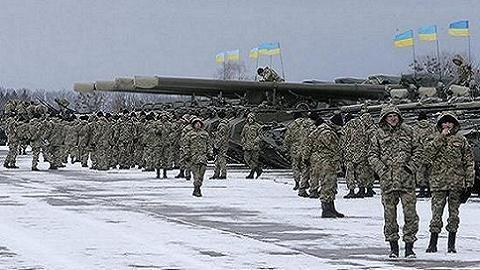 Tổng thống Ukraine thề lấy lại Donbass, không nhắc đến Crimea
