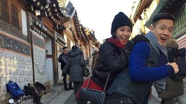 Ngô Kiến Huy và Khổng Tú Quỳnh tình cảm tại Hàn Quốc