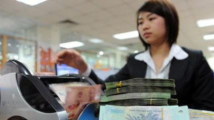 Nhà đầu tư ngoại mua cổ phần ngân hàng: Việt Nam cần...