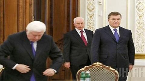 Dẫn độ ông Yanukovych: Trước tiên hãy dẫn độ quan chức Ukraine?