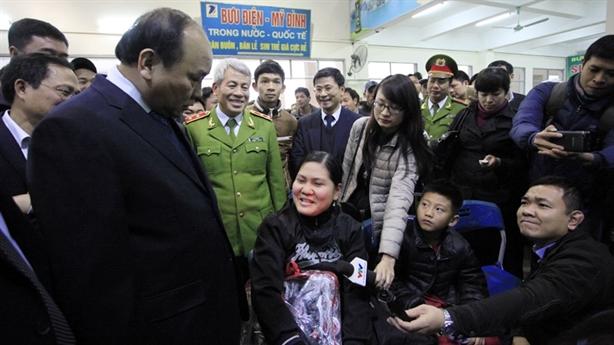 Người dân có thể được ngồi xe lãnh đạo về dịp Tết