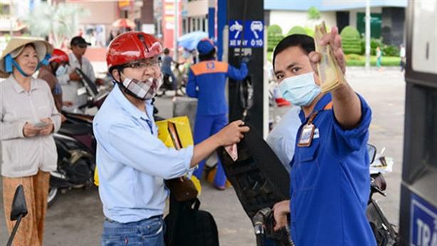 Giữ ổn định giá bán xăng dầu dịp Tết